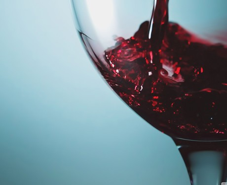 red_wine_glass_3-wallpaper-2880x1800